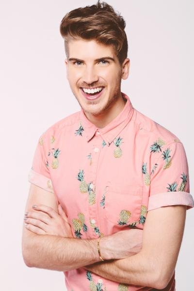 The 28-year old son of father (?) and mother(?) Joey Graceffa in 2020 photo. Joey Graceffa earned a  million dollar salary - leaving the net worth at  million in 2020