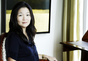 Janice lee discusses and signs the piano teacher: a novel